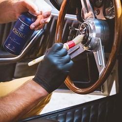Čišćenje unutrašnjosti auta